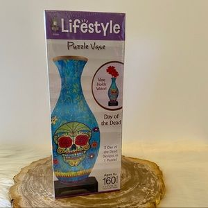Quarantine Crafts! 🧩 Vase-Day of the Dead NWT